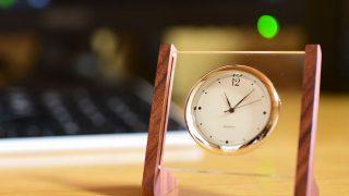 アクリルと紫檀で卓上時計を作ってみた